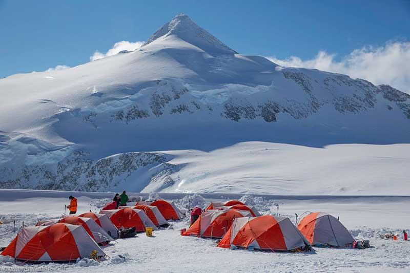 南极最高峰文森峰